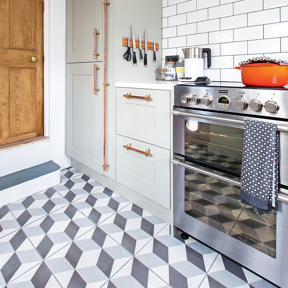 Geometric-floor-tiles-kitchen-flooring-ideas-Jonathan-Jones